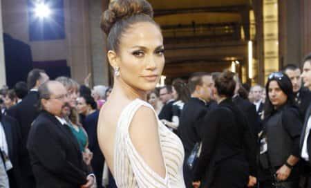 Jennifer Lopez to play cougar in thriller 'The Boy NextDoor'