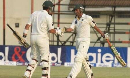 Younis Khan starts from where he left off,crosses 7K-mark