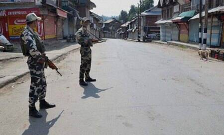 J-K govt orders inquiry into Shopian firing incidents