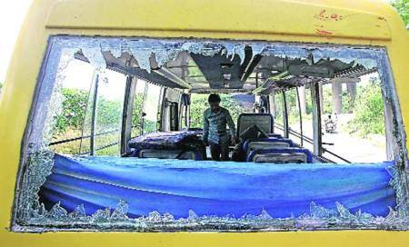 12-yr-old killed,21 hurt as DPS bus skids off