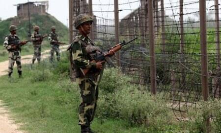 Pakistan violates ceasefire again,BSF jawan injured