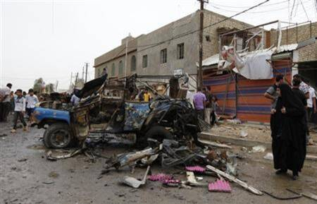 Iraq: Bomb kills 16 in Sunni mosque
