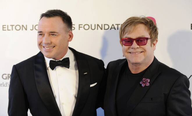 M_Id_423964_Elton_John_and_David_Furnish