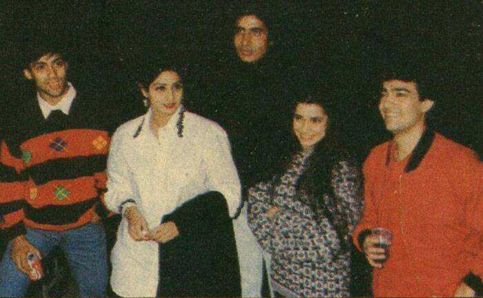 Amitabh Bachchan poses in this rare picture with Salman Khan, Aamir Khan, Sridevi and Neelam.