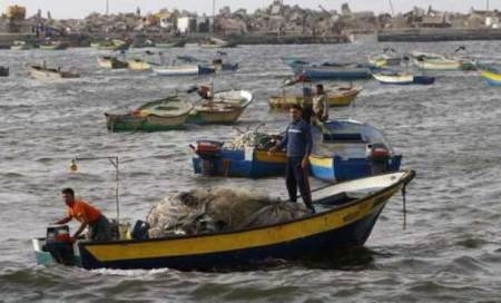 Pakistan kills Indian fisherman; abducts 30 others off Gujaratcoast