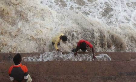 It's happy puja in coastal Odisha after 'Phailin'