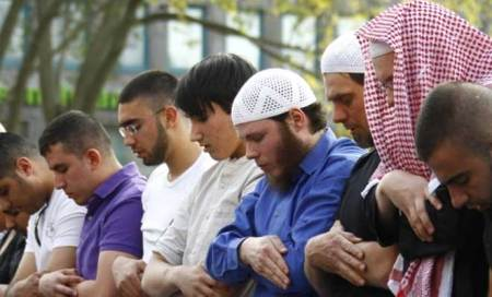 Stop discriminatory surveillance of Muslims in US: Rightsgroup