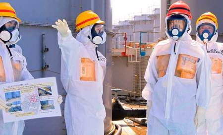 Help wanted in Fukushima: Low pay,high risks and gangsters