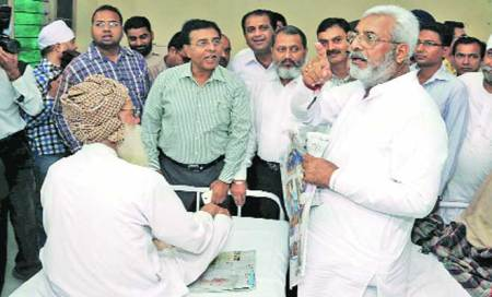 Health minister to doctors: Prescribe salt nameonly