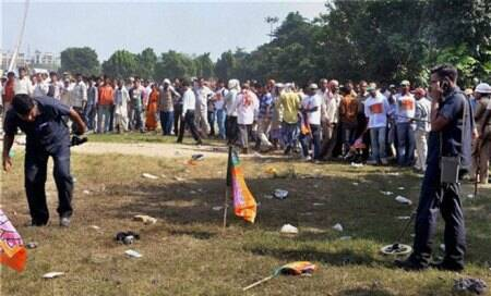 Five killed,83 injured as serial blasts rock Patna