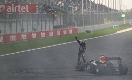 Incredbull India! Sebastian Vettel becomes youngest ever to win four successivetitles