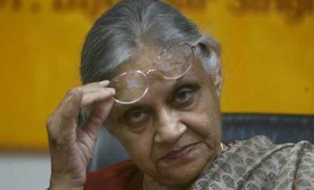 Rs 5,000 cost imposed on Sheila Dikshit fornon-appearance