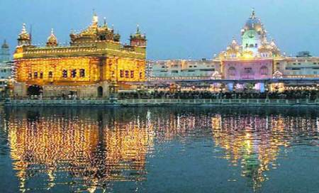 Meeting with minister turns into trip to Golden Temple for MCstaff