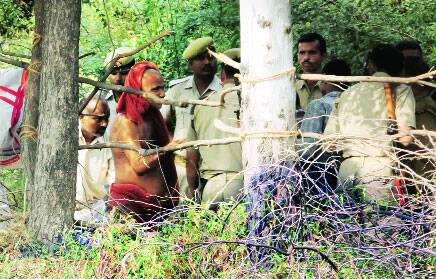 Unnao treasure hunt: His dream a joke,sadhu asks for 10 hours to find outgold