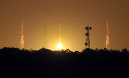 Mars Mission on 'right track',ready for orbit raising onThursday