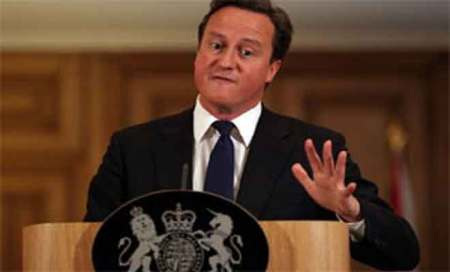 UK PM all praise for British Indians,wants them to become keycitizens