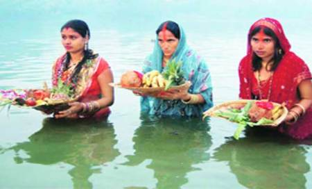 Chhath ends with devotees offering 'arghya' beforesunrise