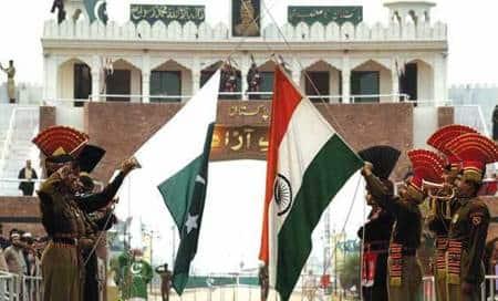BSF plans 10 m-high,179 km-long wall along Jammu-Pakborder