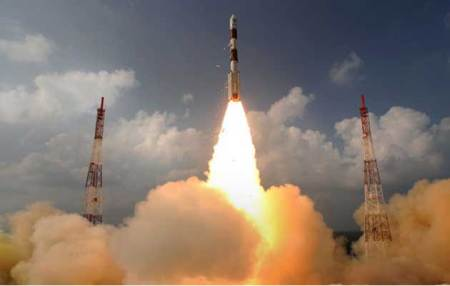 India's Mars orbiter mission suffers glitch,ISRO says spacecraft healthy