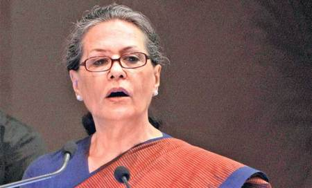 BJP leaders day-dreaming,busy pulling each other down: Sonia Gandhi