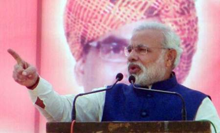 Politics of divide and rule runs in Congress' blood,says Narendra Modi