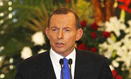 Australian PM Tony Abbott defends spying on Indonesian President Yudhoyono