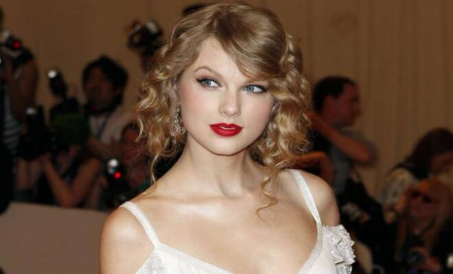 M_Id_441206_Taylor_Swift