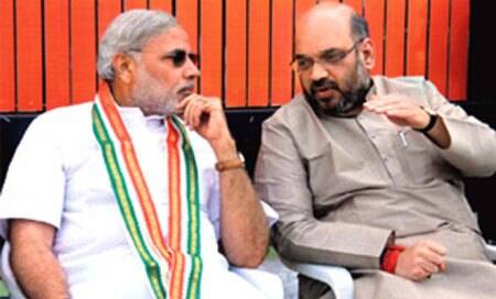 'If govt protecting her,why does Amit Shah say don't let her escape?'