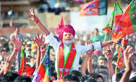 Ahead of polling,Modi show of strength on Gehlot turf