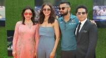 Sachin A Billion Dreams premiere : Anushka Sharma, Virat Kohli show love for Sachin Tendulkar. See photos