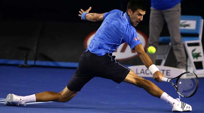 Djokovic roars into final
