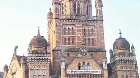 BMC to take legal action against hawkers