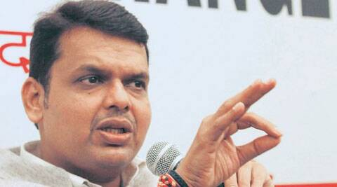 Fadnavis urges students to participate in cleanliness drive voluntarily