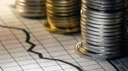 CAD shrinks to 1.2 % on higher earnings, trade deficit decline