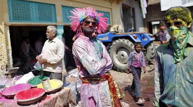 Holi festivities begin at Brij Bhumi