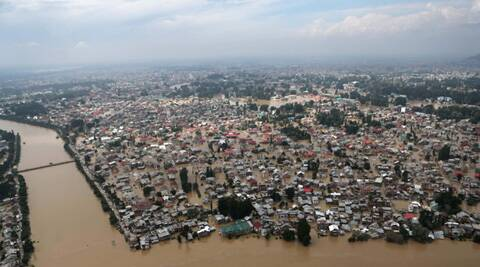 Floods in Kashmir brought special challenges for its minority Sikh community. (source: PTI)