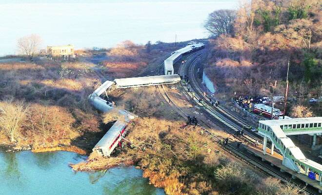 M_Id_444780_New_York_train_derailment