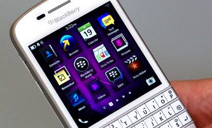 M_Id_444912_BlackBerry_Q10