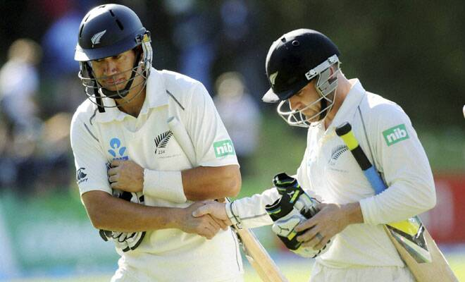 M_Id_445220_Brendon_McCullum_and_Ross_Taylor