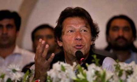 India,Pakistan can't afford another war as both have nuclear powers: Imran Khan