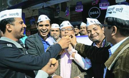 Buoyed by Delhi,AAP keen to fight LS polls in city