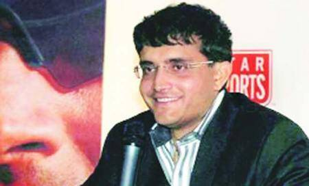 Post Varun offer,Cong and Left try to hook Ganguly for LS polls