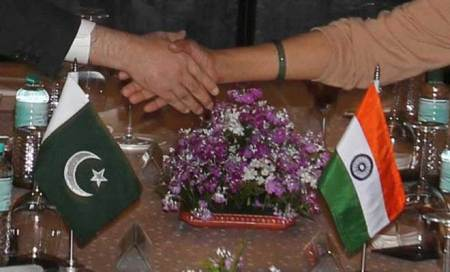 India ignores US,says talks with Pakistan only at army level