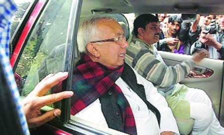 Ex-SP leader Kamal Farooqui to decide today on joining AAP