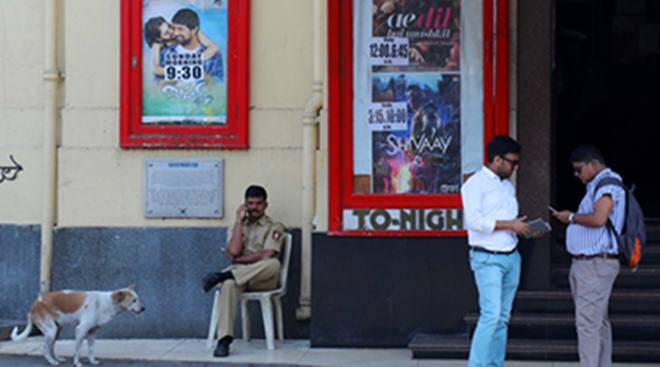 Ae Dil Hai Mushkil attracted barely any crowd at Regal Cinema, Colaba in Mumbai