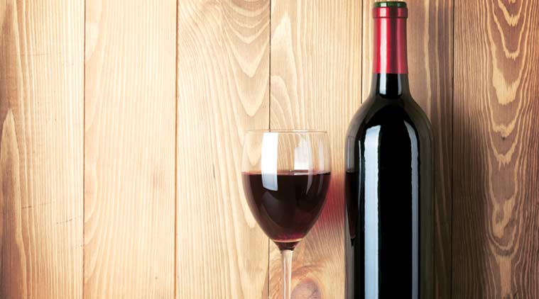 Red wine, vascular damages, red wine cures vascular damages, smoking damages, food and wine, health, lifestyle