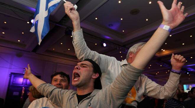 Scottish voters choose to remain with the United Kingdom