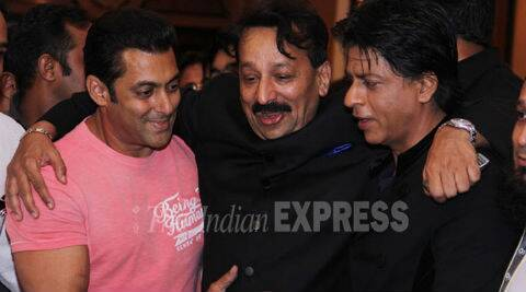 SRK thanks Salman for promoting his film 'Happy New Year'