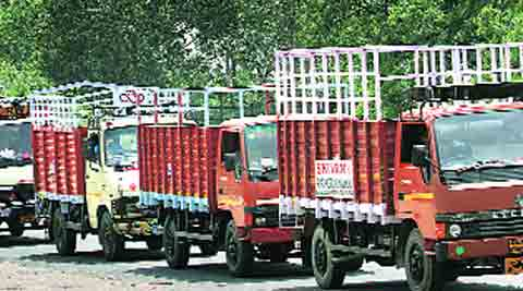 Commercial vehicles entering Delhi to pay environmental tax: NGT