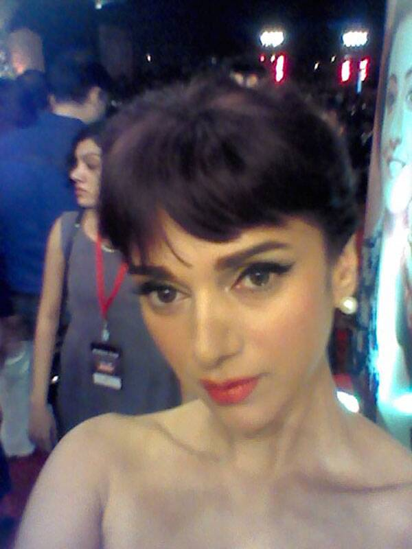 Aditi Rao Hydari shows off her chiseled features as she takes her turn to pose for a selfie at the Life OK Screen Awards.